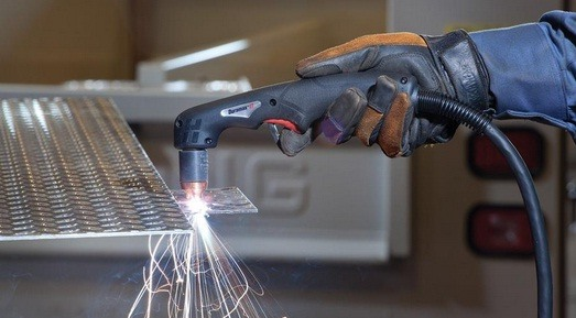 How Hot Is a Plasma Cutter?