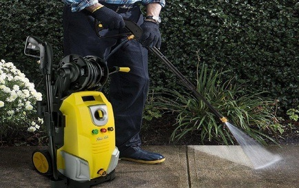 How To Use An Electric Power Washer